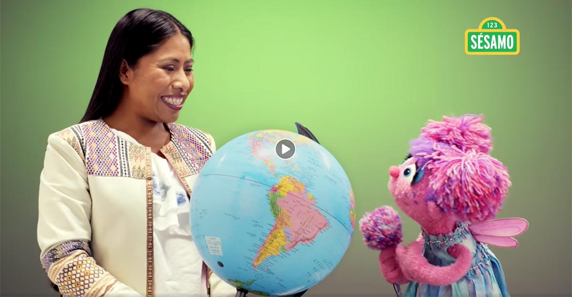 Yalitza aparece en Plaza Sésamo para enviarle un mensaje a las niñas del mundo