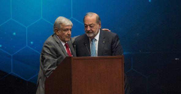 México necesita una sacudida para crecer: Carlos Slim; AMLO responde