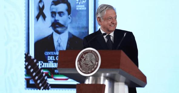 Todo por la carta a los reyes: AMLO pide a Reforma que 'revele' sus fuentes