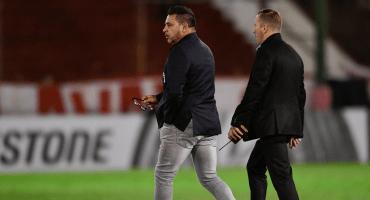 ¿Sigue Chivas? Antonio Mohamed renunció como DT de Huracán
