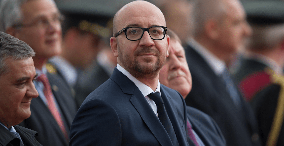 Y en Bélgica, primer ministro se disculpa por el secuestro de niños en las colonias africanas