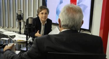 AMLO eligió de manera equivocada a Reforma como adversario, señala Aristegui