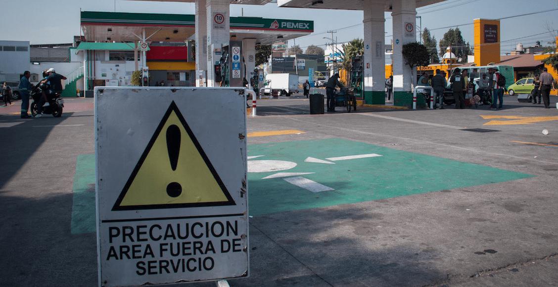 Reportan gasolineras cerradas en la lista de Sener; AMLO promete actualizar datos