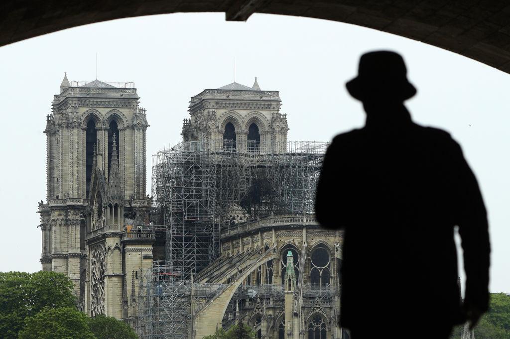 Francia: Investigan campaña fraudulenta para levantar fondos para Notre Dame