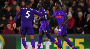 ¡No aflojan! Los goles de la victoria del Liverpool sobre el Southampton