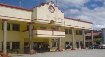 En Chiapas, amenazan con quemar a la cuñada del alcalde de Bochil
