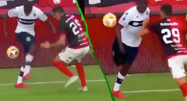 La 'taconeta': La jugada de fantasía que Ronaldinho aplaudió