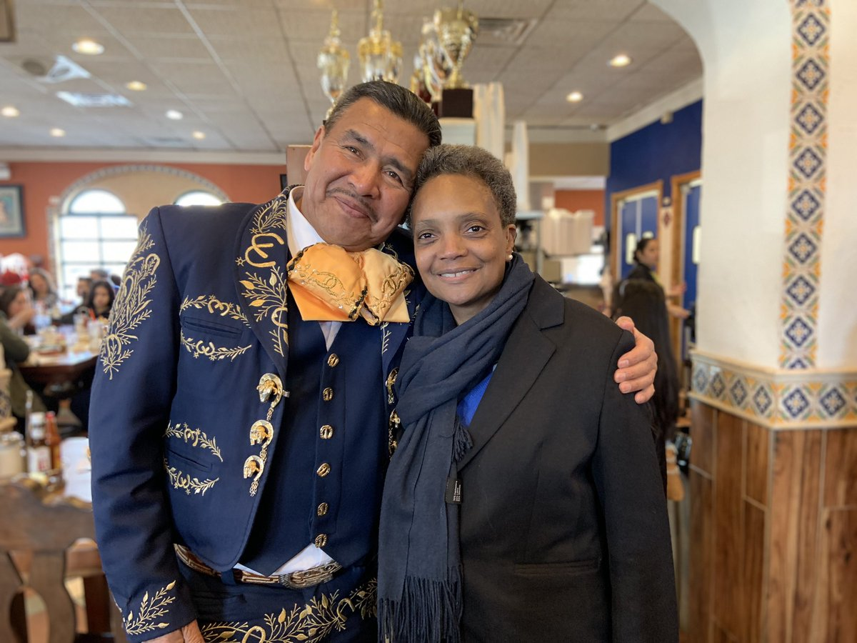 Lori Lightfoot mariachi
