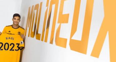 ¡Oficial! Wolves compró a Raúl Jiménez y firmó hasta 2023