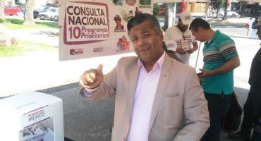 Además del sueldo de diputado, legislador de Morena cobra en un hospital