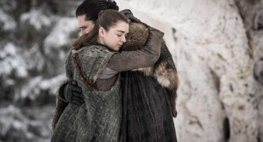 Sí, George R.R. Martin planeaba que Arya Stark se enamorara de Jon Snow