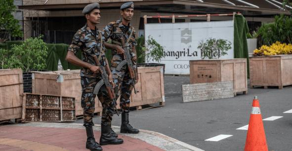 En medio de un operativo, se registran 3 explosiones más en Sri Lanka