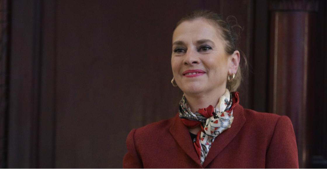 """¡Ándaleee! Beatriz Gutiérrez Muller lanzará una nueva canción: """"Estas aquí"""""""