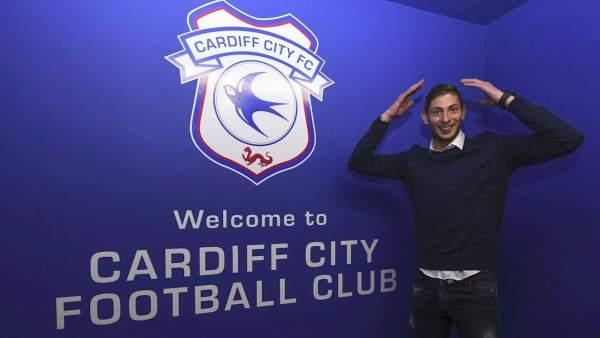 Cardiff entregó a la FIFA documentos 'oficiales' para no pagar fichaje de Emiliano Sala