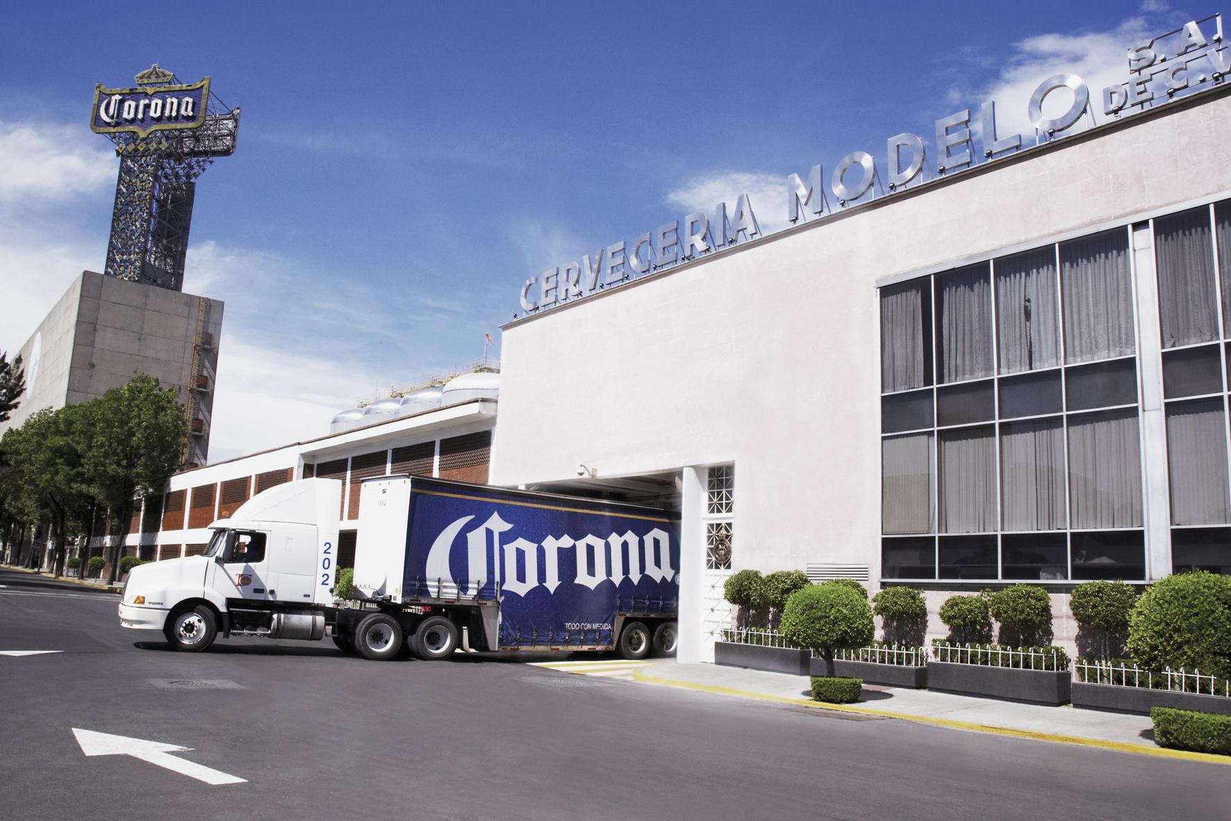 cervezazomodelo-fabrica-corona