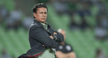 ¡Cayó el noveno! Santos Laguna cesó a Chava Reyes como su director técnico