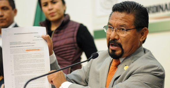 Le quitan el fuero al diputado Cipriano Charrez: lo acusan de homicidio