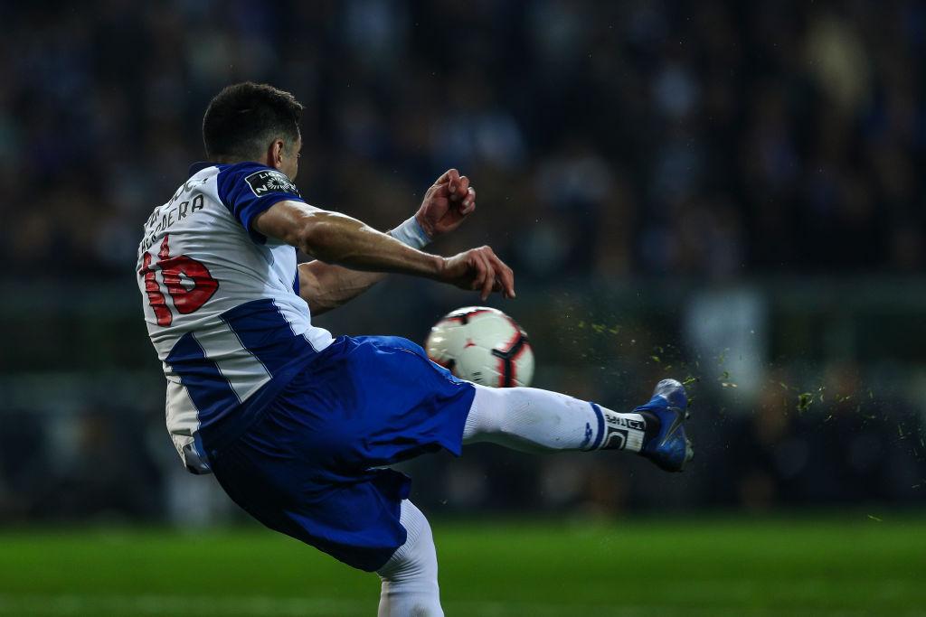 La razón por la que multaron al Porto por culpa de Héctor Herrera