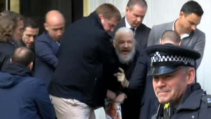 JUlian Assange es detenido