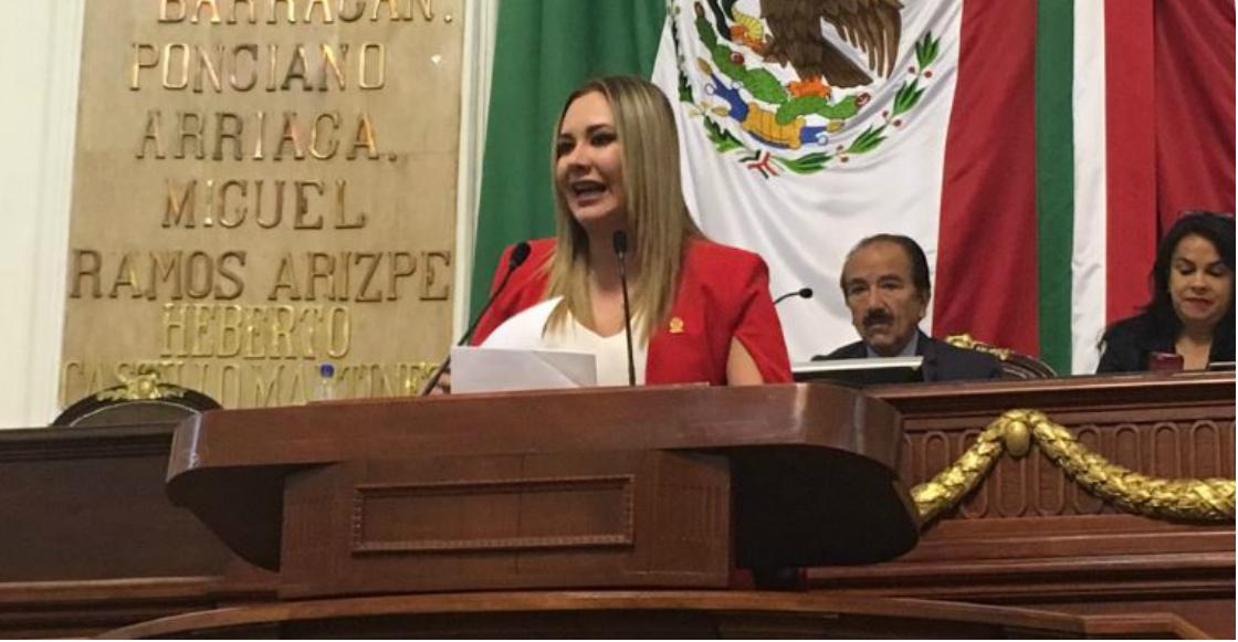 """Diputada del PVEM propone retirar estatutas de Colón y Cortés por """"justicia histórica"""""""