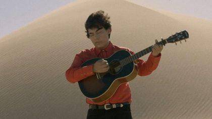 Ed Maverick estrena video para 'Fuentes de Ortiz' y vaya que la está rompiendo