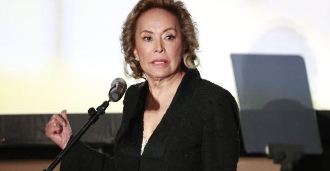 Traz: Elba Esther Gordillo anuncia que buscará la presidencia del SNTE