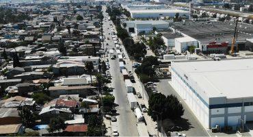 Filas kilométricas de autos en la frontera con EUA ¿qué está pasando?
