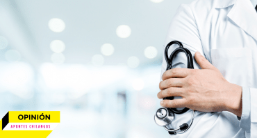 Apuntes chilangos: ¿Es tan difícil pagar a médicos residentes?