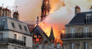 Imágenes y videos para dimensionar el incendio en la catedral de Notre Dame