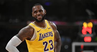¡Sin playoffs, pero con billete! LeBron James y Lakers vendieron más jerseys en la NBA