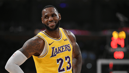 ¡Sin playoffs, pero con billete! LeBron James y Lakers vendieron más jerseys en la NBA