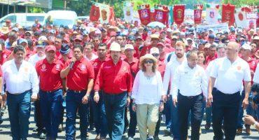 Le dan 'luz verde' a la nueva Confederación de 'Napito' Gómez Urrutia