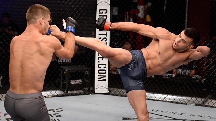 Nick Newell, peleador con una mano y que pudo firmar en la UFC, volverá las MMA