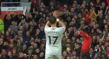 Old Trafford se rindió ante 'Chicharito' y así agradeció el mexicano