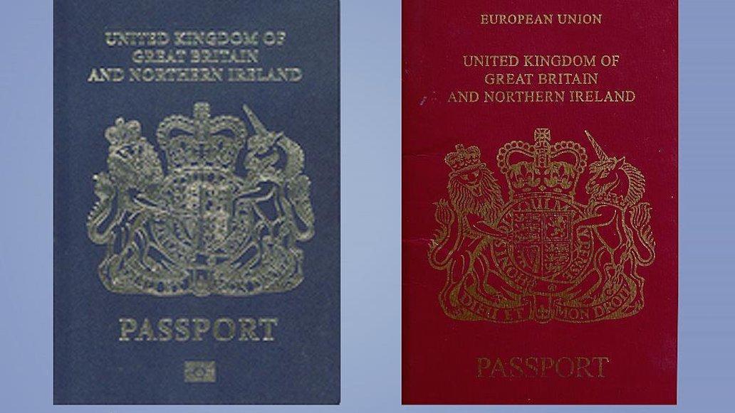 Conoce los nuevos pasaportes británicos que abandonan la UE