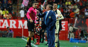 """Nuevo 'berrinche' del 'Piojo' Herrera en contra del árbitro: """"No pitó parejo, sólo nos perjudicó"""""""