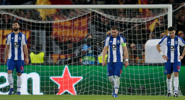 Porto se complica el título en Portugal por un autogol de último minuto