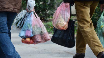 Poniendo su granito de arena: Puebla prohíbe las bolsas de plástico y el unicel