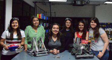 Female Power! Estas jóvenes representarán a México con sus robots en un campeonato mundial