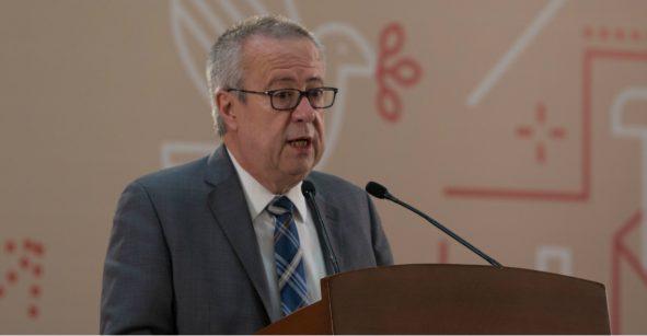 Contrario a FMI, Urzúa espera crecimiento económico del 2% para este año