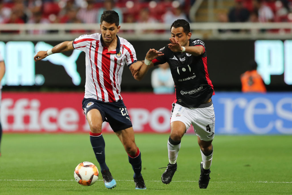Amor por la camiseta nivel: Jesús Molina lloró en la banca por la derrota de Chivas