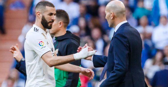 """Zidane terminó 'enamorado' de Benzema por su hat-trick: """"Es el mejor delantero del momento"""""""