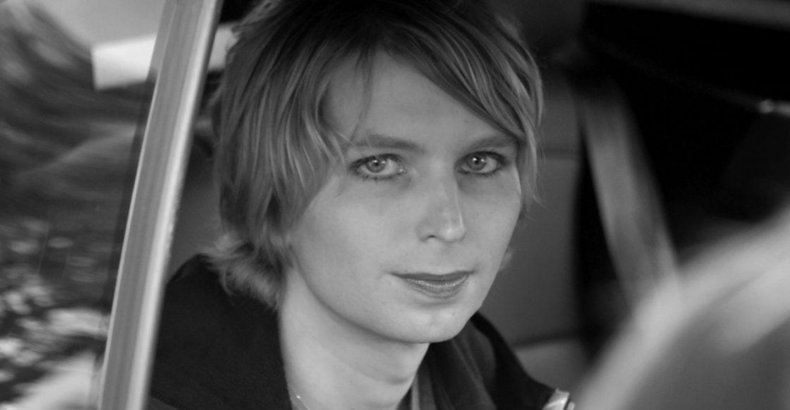 Chelsea Manning es liberada de prisión en Virginia, EE.UU