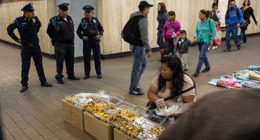 """Autoridades """"dicen"""" que van por vendedores ambulantes del Metro, inician operativos"""