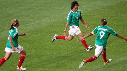 ¡Orgullo nacional! El gol de Mónica Ocampo es el mejor en la historia de los Mundiales Femeniles