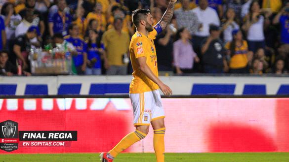 ¡Adiós, 'Jefe'! Gignac superó a Tomás Boy como goleador del Clásico Regio