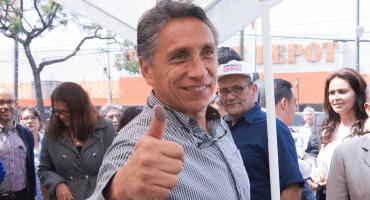 Ante críticas, Manuel Negrete dice que cambiaría su gobierno por dirigir a Pumas