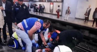 Usuaria es golpeada por tren del Metro CDMX por rebasar la línea amarilla