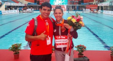 ¡Qué orgullo! Adriana Jiménez se colgó el bronce en la Copa del Mundo de clavados en China