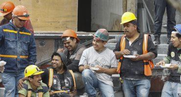 Celebrando a los albañiles: la UNAM los certificará para interpretar planos
